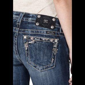 Miss Me Jeans - Miss Me Divin Crystal Cuffed Skinny denim,size 27